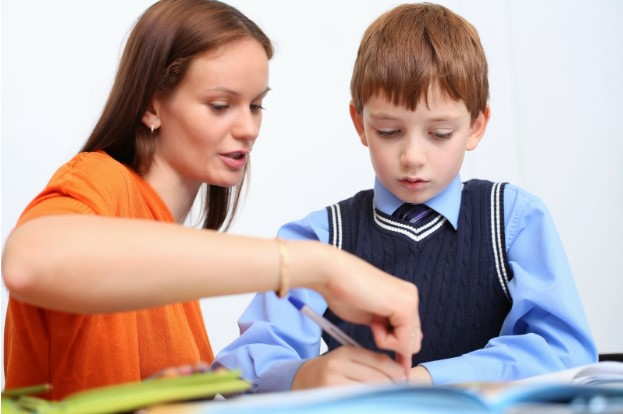 Gia sư tiếng anh lớp 3 – Sự lựa chọn hàng đầu của cha mẹ dành cho conGia sư tiếng anh lớp 3 – Sự lựa chọn hàng đầu của cha mẹ dành cho con