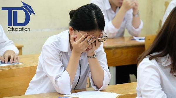 Những thay đổi tâm sinh lý khiến các em học sinh lớp 8 lơ là việc học
